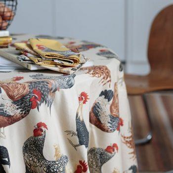 056chi01 tela animales gallinas vainilla