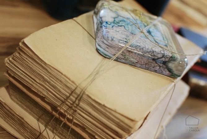 El rinc n del atelier el taller de carola for Mesa cristal mapamundi