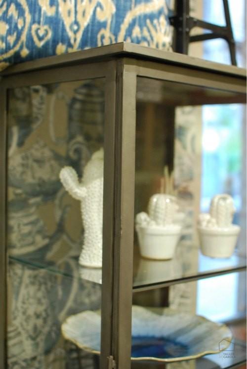 Detalle vitrina de hierro estilo industrial el taller for Vitrina estilo industrial