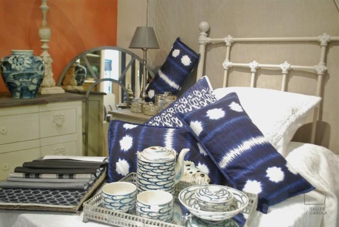 Muebles estilo francés y gustaviano en la tienda
