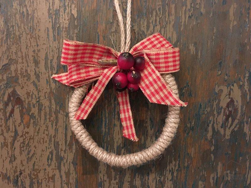 Adorno Navidad Cuerda y Lazo Rojo