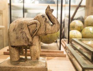 elefante madera decoración